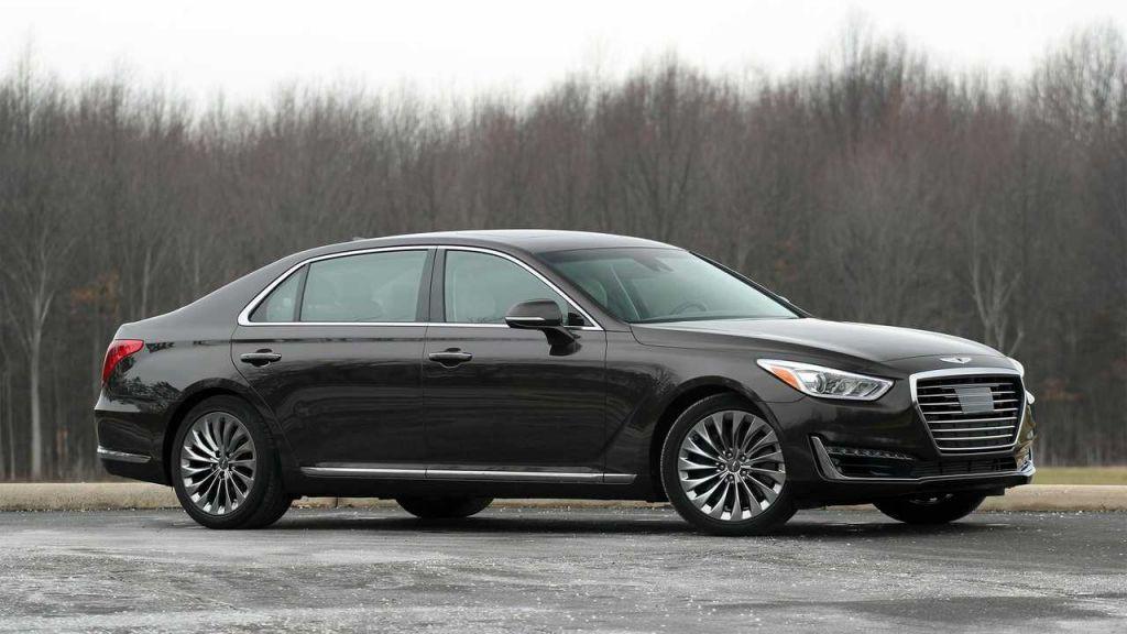 Top những mẫu xe sang cũ bán chạy nhất trên thị trường hiện nay