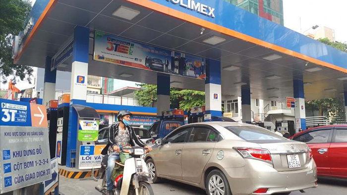 Giá xăng dầu đồng loạt tăng lên sau 8 kỳ giảm