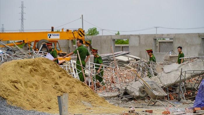 Sập tường 10 người chết nghi do giông lốc, giám đốc khí tượng lên tiếng