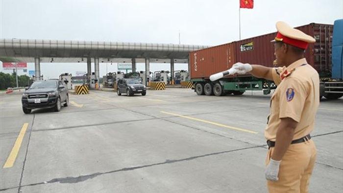 Lam Dong: Xu phat ba lai xe 110 trieu dong do vi pham ve nong do con hinh anh 1