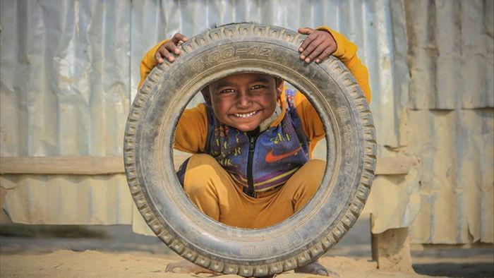 Những bức ảnh kể về niềm vui của trẻ em Việt Nam và trẻ em thế giới - 11