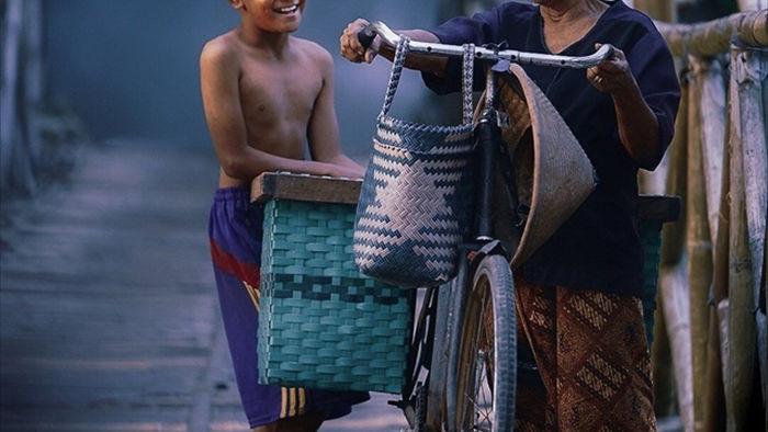 Những bức ảnh kể về niềm vui của trẻ em Việt Nam và trẻ em thế giới - 30