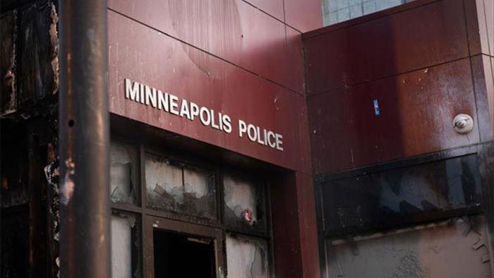 Mỹ giải thể cả sở cảnh sát Minneapolis vì cái chết của George Floyd