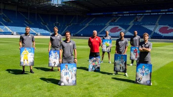 Thêm 7 cầu thủ chia tay SC Heerenveen, không có Đoàn Văn Hậu  - 1