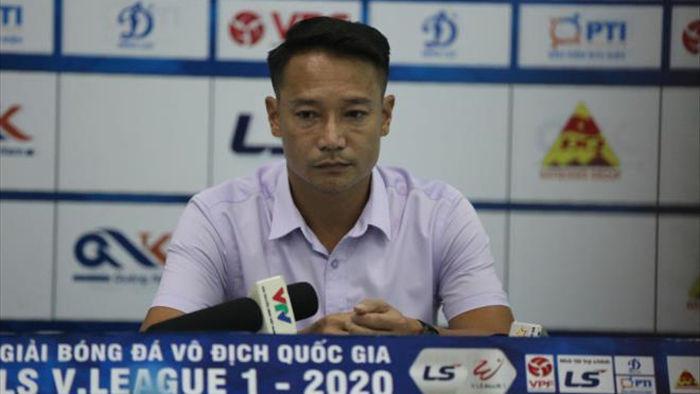 Vũ Hồng Việt từ chức HLV Quảng Nam sau trận thua đậm Viettel - 2