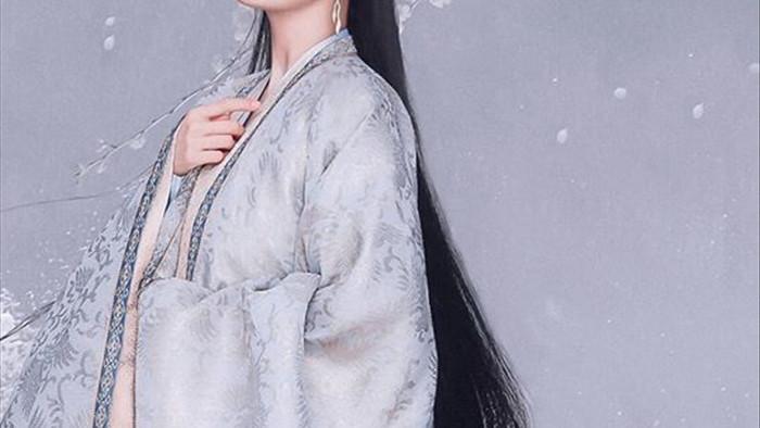 Lộ tạo hình phi tần của Dương Mịch, người hầu Châu Tấn đẹp mê mẩn gợi nhắc