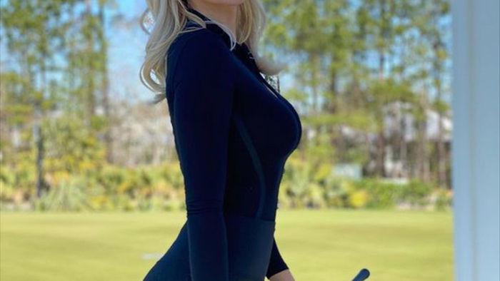 """Những nữ golf thủ xinh đẹp khiến các cổ động viên """"mê mệt"""" - 2"""