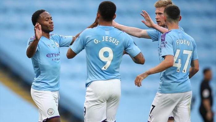 Hàng công tỏa sáng, Man City nhấn chìm tân vương Liverpool  - 1