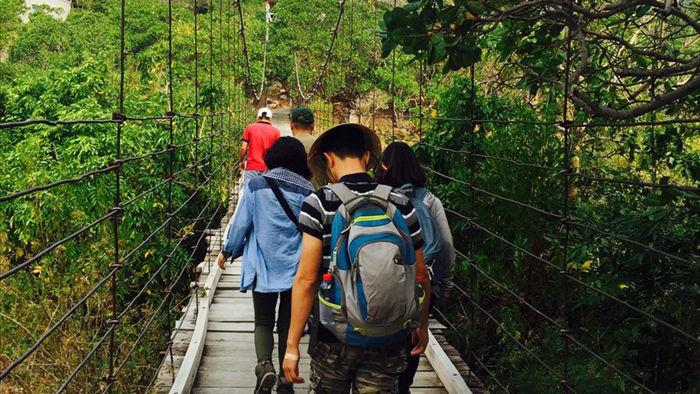 trekking chinh phuc suoi lo o – dinh da do (ninh thuan) hinh 1