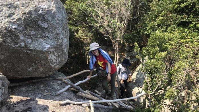 trekking chinh phuc suoi lo o – dinh da do (ninh thuan) hinh 6