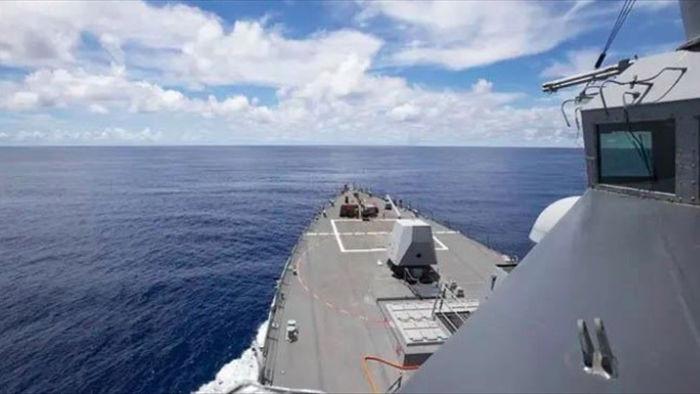 Tàu Mỹ tới gần Trường Sa, TQ ngấm ngầm tiến hành nhiều dự án ở Biển Đông