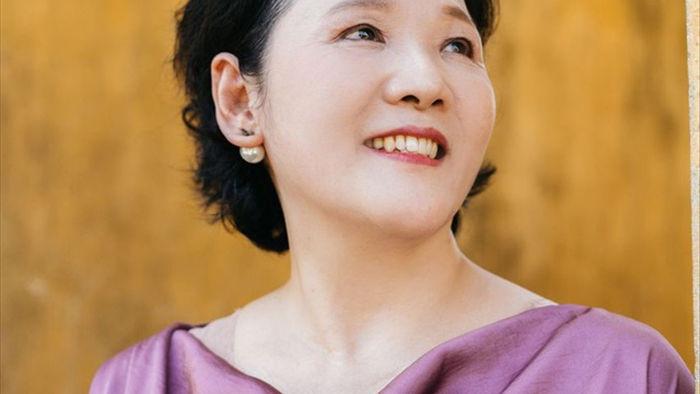 Hari Won tiết lộ hiếm hoi về mẹ đẻ  - 4