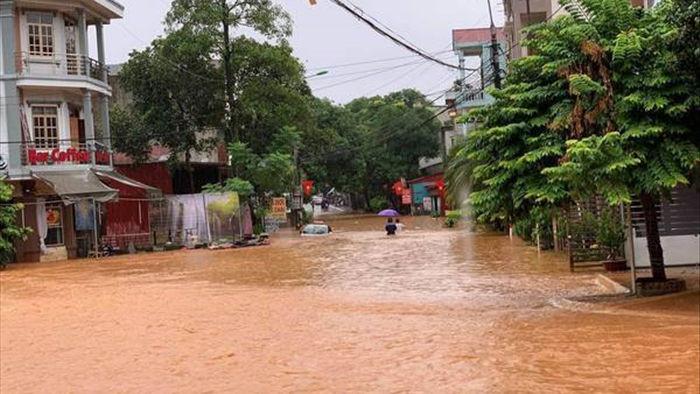 Vì sao cả TP Hà Giang chìm trong biển nước?