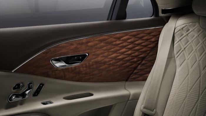 Bentley Flying Spur thêm nội thất gỗ sang trọng, cầu kỳ - 1