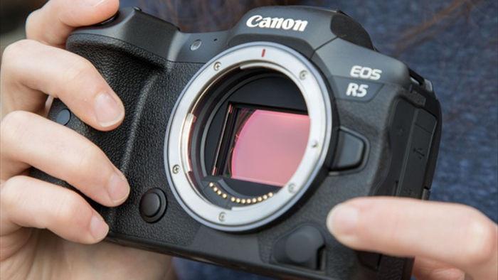 Máy ảnh EOS R5, R6 của Canon gặp lỗi quá tải nhiệt - 1