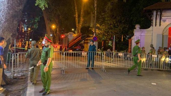 Khởi tố vụ án gãy thang treo lắp kính ở Hà Nội khiến 4 người chết - 1