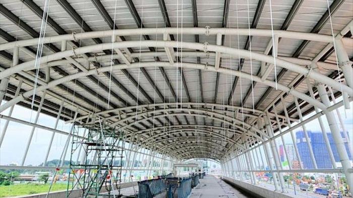 Tuyến Metro Bến Thành - Suối Tiên thi công gần xong phần mái che các nhà ga - 3