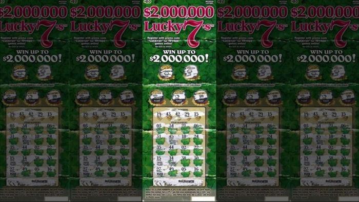 Người đàn ông bất ngờ trúng 2 triệu USD xổ số vì người bán đưa nhầm vé - 1