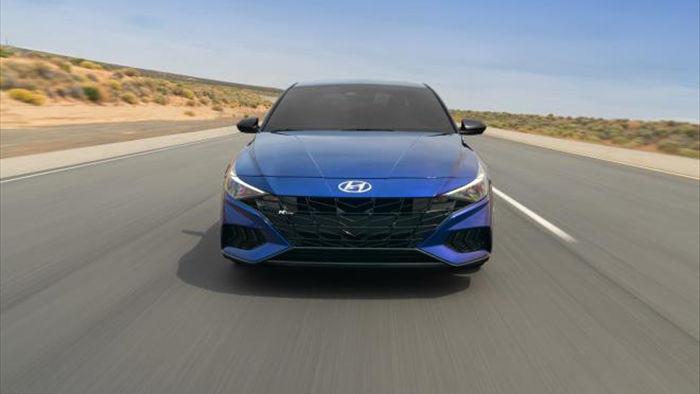 Hyundai Elantra N Line 2021 - phiên bản thể thao ấn tượng - 1