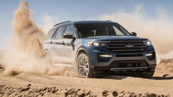 Ford Explorer 2021 hạ giá  - 1