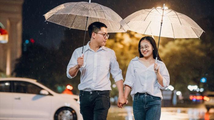 Ngắm Hà Nội lãng mạn trong mưa qua bộ ảnh của cặp đôi trẻ - 5