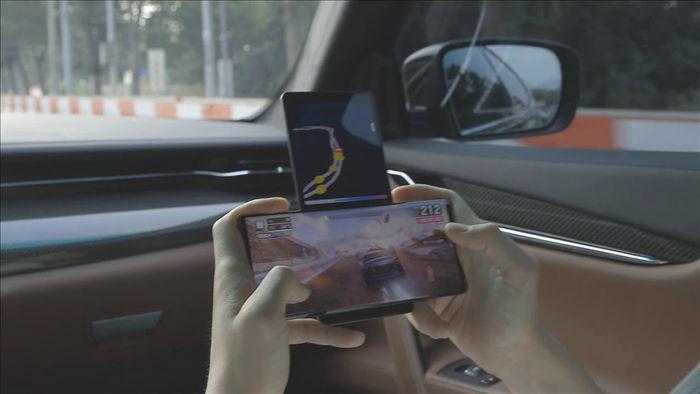 Chiếc điện thoại màn hình xoay độc đáo của LG tiếp tục lộ diện - 1