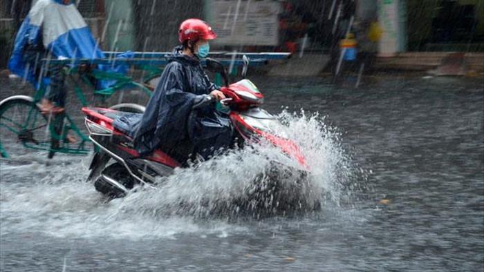 Hà Nội và các tỉnh Bắc Bộ chưa dứt mưa dông - 1