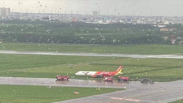 Hàng không Việt vẫn để xảy ra nhiều sự cố thót tim - 1