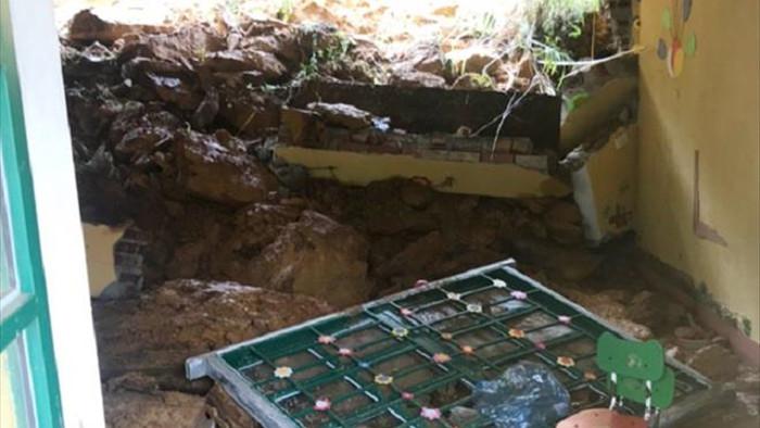 Lại sập tường trường mầm non ở Lào Cai - 1