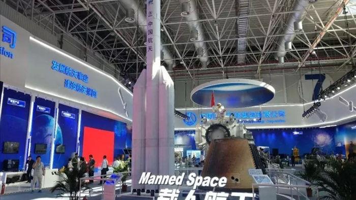 Trung Quốc đang phát triển tên lửa mới, đưa người lên Mặt trăng - 1