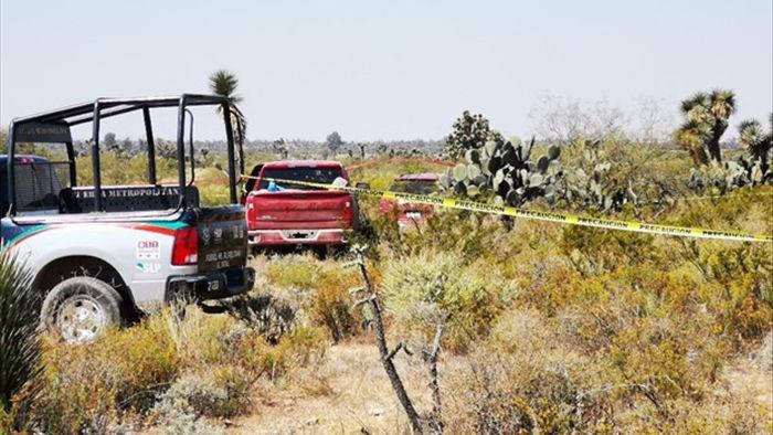 Mexico: Phat hien 12 thi the trong 2 xe oto tai bang San Luis Potosi hinh anh 1