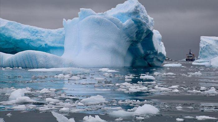"""Nam Cực có thể tan chảy """"không thể đảo ngược"""" - 1"""