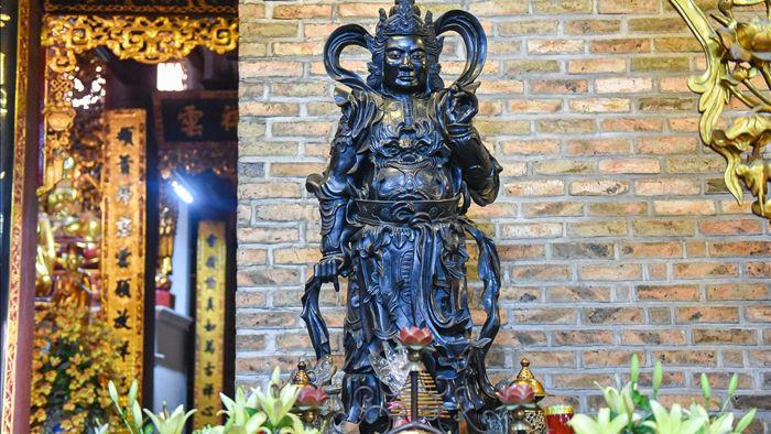 Kỳ lạ bức tượng Phật ngồi trên lưng vua độc nhất vô nhị ở Việt Nam - 7
