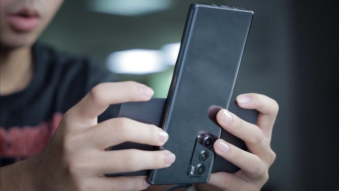 Trải nghiệm LG Wing: Smartphone xoay hình chữ T, giá hơn 17 triệu đồng - 9