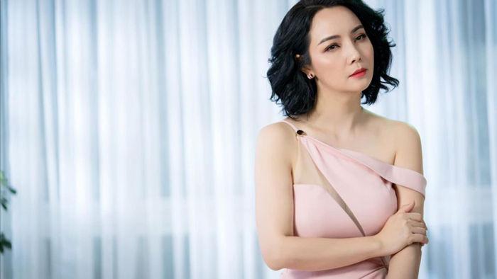 Ảnh hậu trường của Quỳnh Kool, Hồng Diễm và NSND Thu Hà