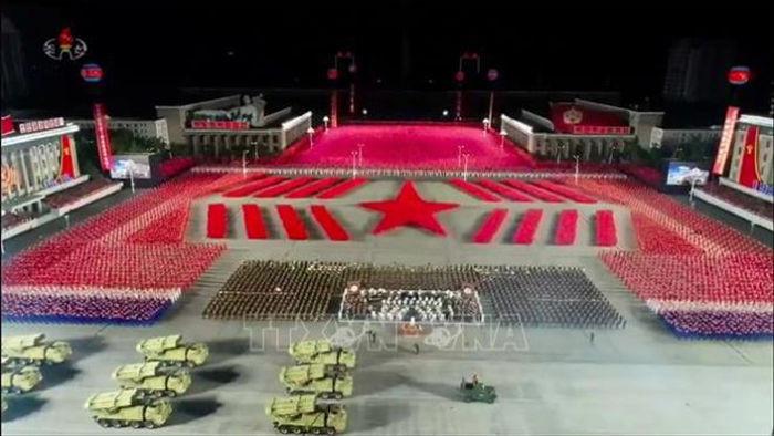 Ảnh:  Chiêm ngưỡng hàng loạt vũ khí hoành tráng trong lễ duyệt binh Triều Tiên - 1
