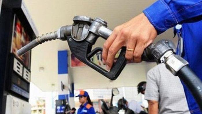 Giá xăng đồng loạt tăng - 1