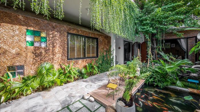 Nhà có khu vườn, bể cá Koi đẹp như resort của vợ chồng trẻ ở Đà Nẵng - 5