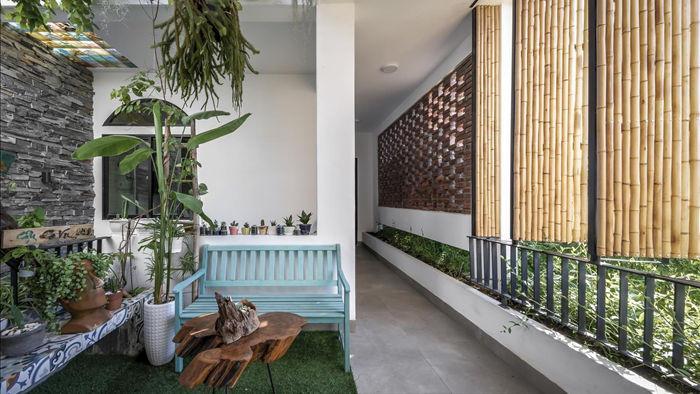 Nhà có khu vườn, bể cá Koi đẹp như resort của vợ chồng trẻ ở Đà Nẵng - 12