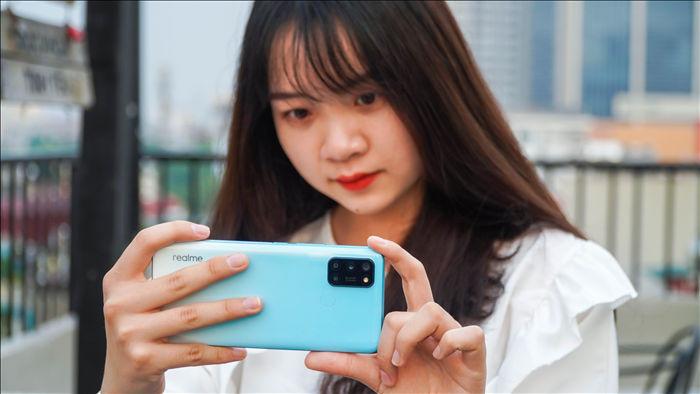 Trải nghiệm Realme 7i: hiệu năng tốt, đáng tiếc ở màn hình - 10