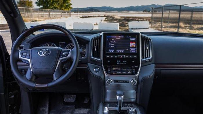 Toyota ấp ủ kế hoạch sản xuất Land Cruiser GR hiệu suất cao - 8