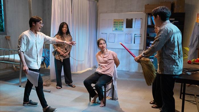 Huỳnh Lập khiến khán giả suy ngẫm bằng câu chuyện độc đáo về