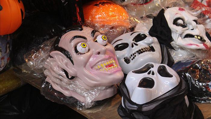 Độc chiêu bán hàng thần tốc mùa Halloween: Càng rùng rợn, càng hút khách - 4