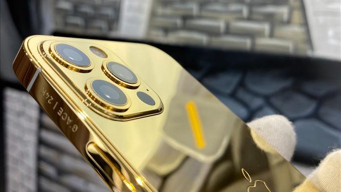 Trên tay iPhone 12 Pro mạ vàng, giá 160 triệu đồng tại Việt Nam - 6