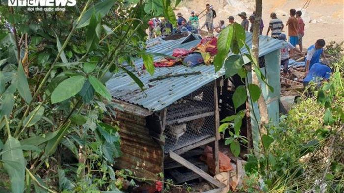 Ảnh: Tan hoang cảnh sạt lở vùi lấp 11 ngôi nhà khiến 19 người chết và mất tích - 7