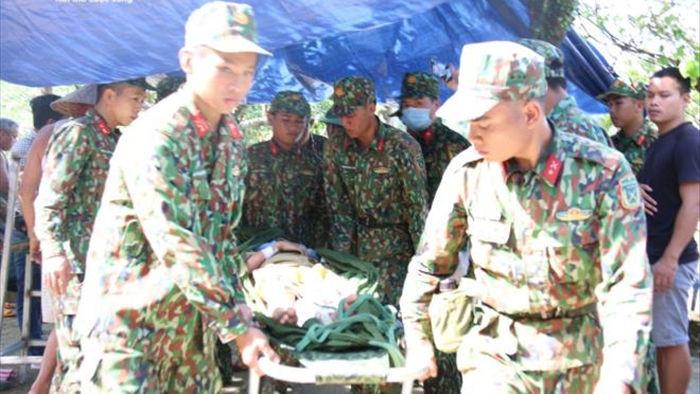 Những hình ảnh đầu tiên của các nạn nhân vụ sạt lở kinh hoàng ở Quảng  Nam - 2