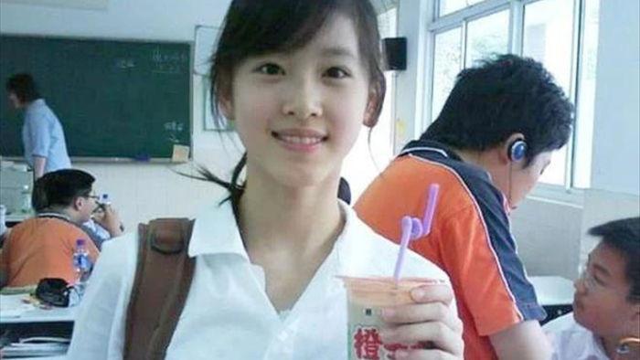 Thành tích học tập đáng nể của nữ tỷ phú trẻ nhất Trung Quốc - 3