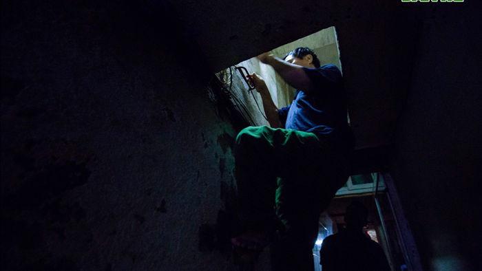 """Cuộc sống bên trong những căn nhà """"khổ nhất"""" phố cổ Hà Nội - 2"""