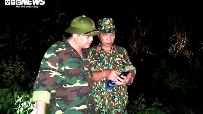 Rợn người đường vào hiện trường sạt lở vùi lấp 11 người ở Phước Lộc, Quảng Nam - 9