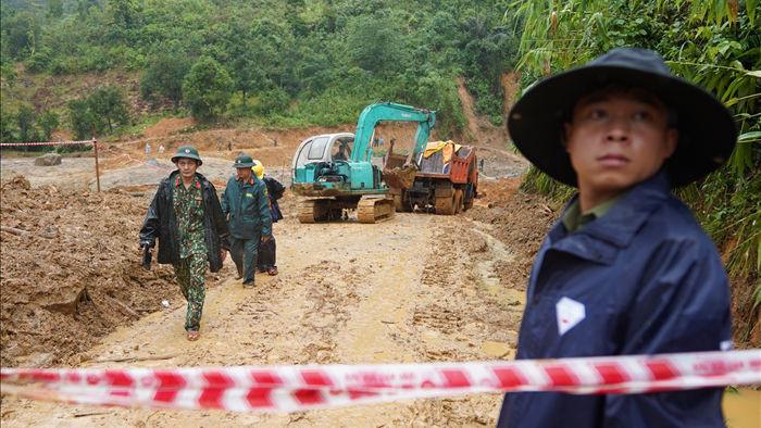 Dốc toàn lực tìm kiếm người mất tích tại Trà Leng - 6